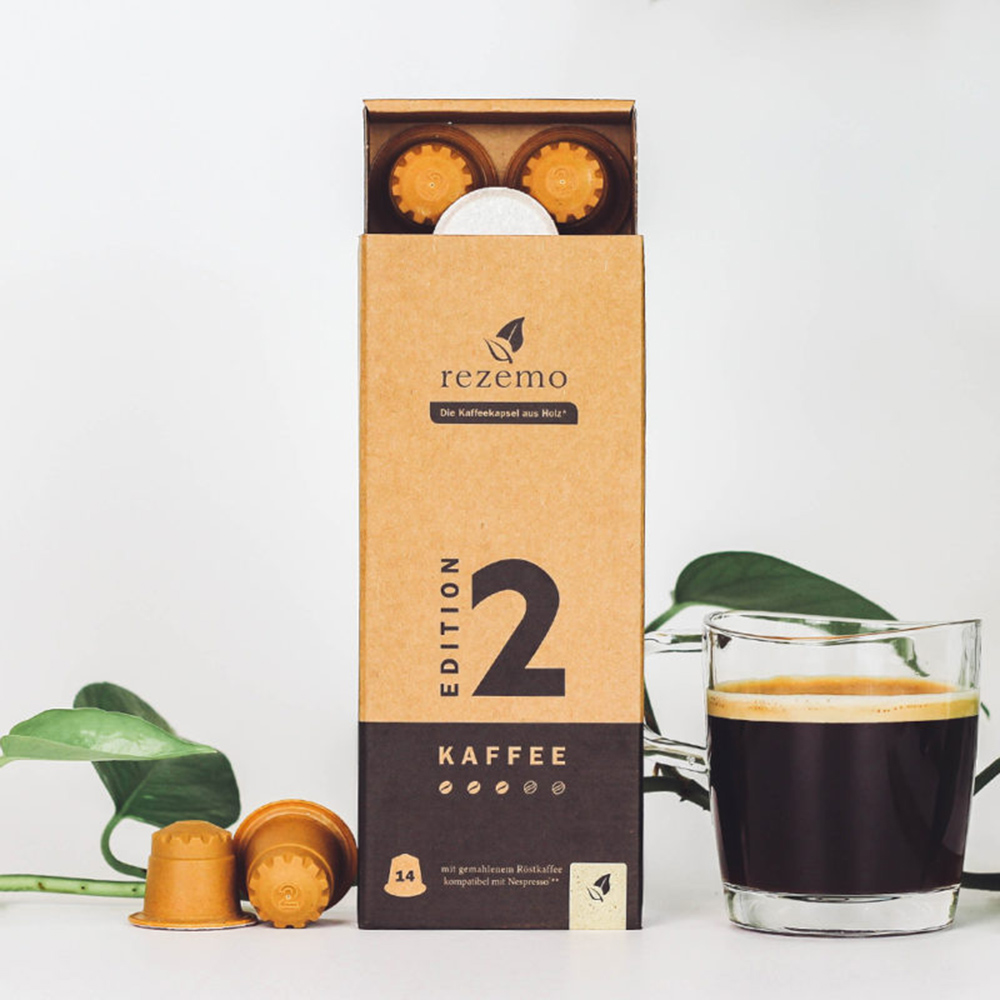 rezemo 14er-Verpackung Edition 2 mit Kaffeetasse daneben