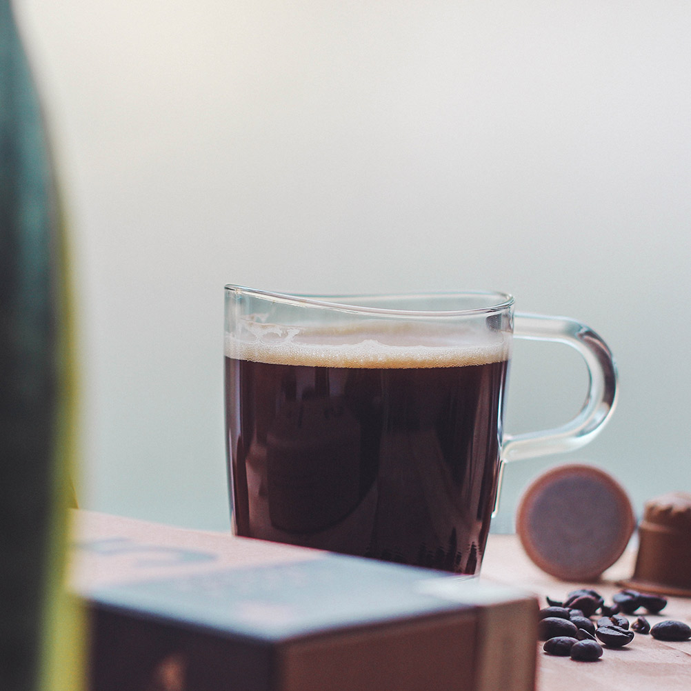 rezemo coffee edition 5 in cup besides coffee beans and capsules