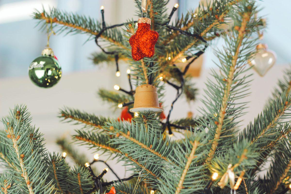 rezemo Kapsel als Weihnachtsbaumschmuck