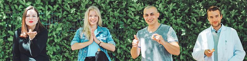 rezemo Team-Mitglieder posieren mit der Kapsel